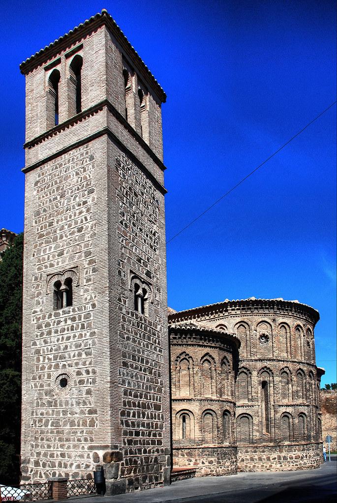 Toledo. Iglesia de Santiago del Arrabal.  La iglesia de ...