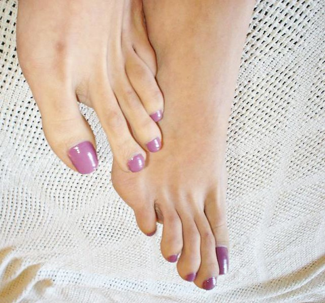 Sexy Long Toes  I Need Your Comments  Support  Ms -2849