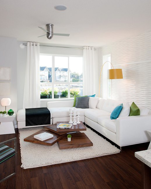 Living Room Realty Workpace