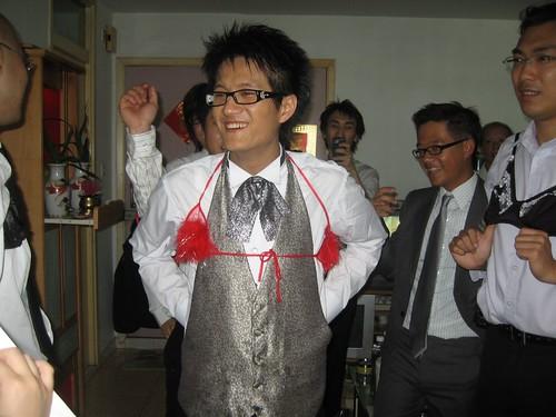 玩新郎(跳舞)