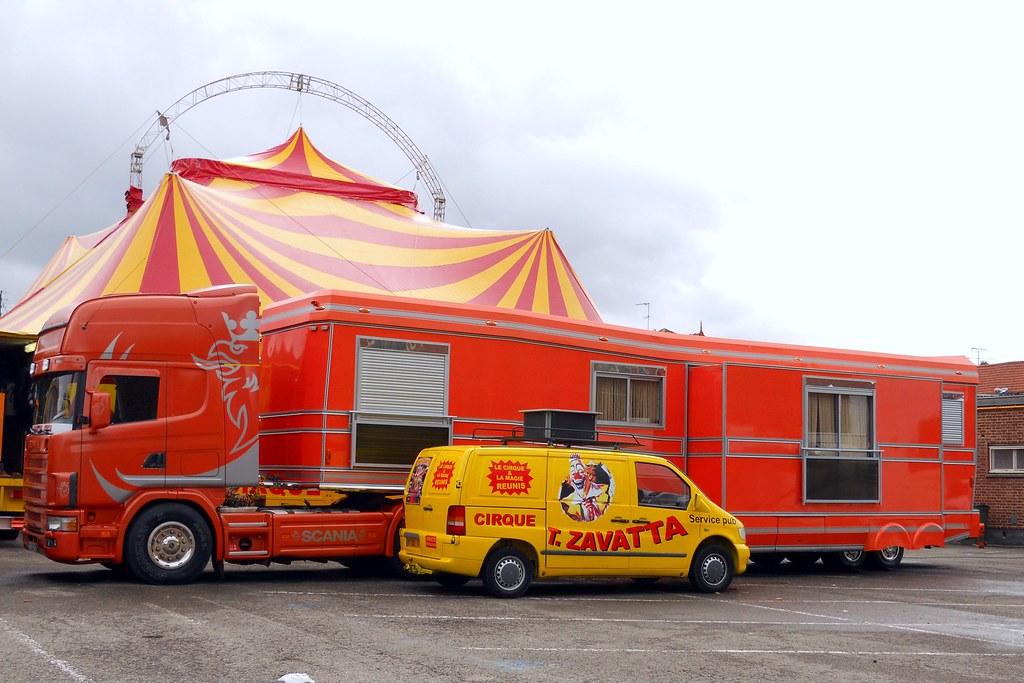 Scania Et Mercedes Vito Du Cirque T Zavatta Longueau F
