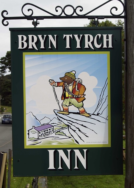 Bryn Tyrch Inn
