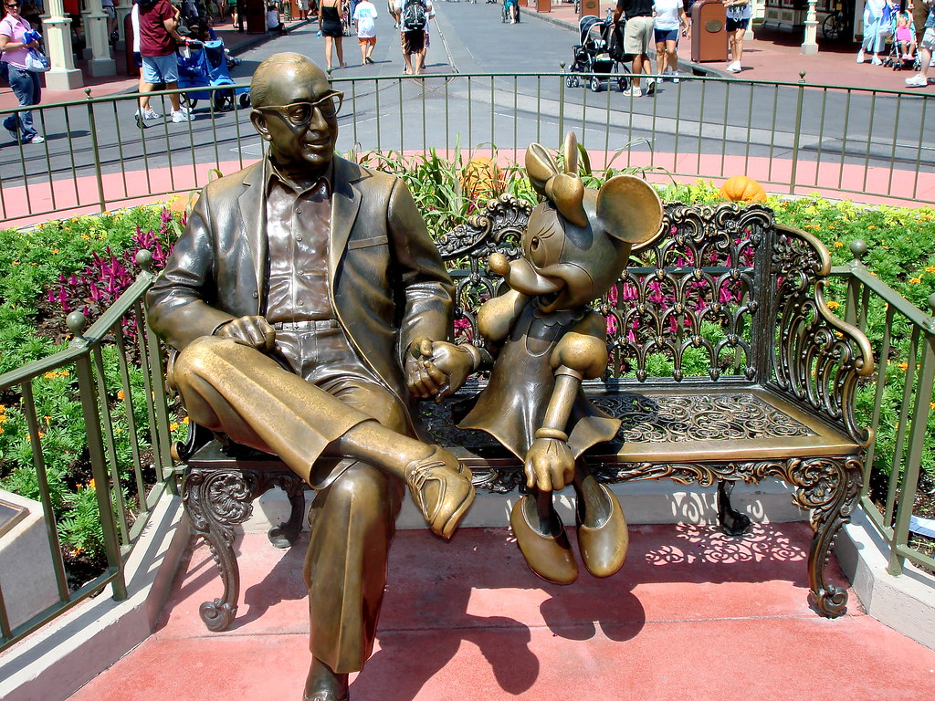 Roy O Disney and Minnie Mouse, statue | rustyalaska | Flickr