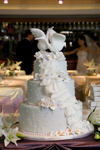 wedding cake chicago il chicago wedding swan cake remind me to get the name of 22191