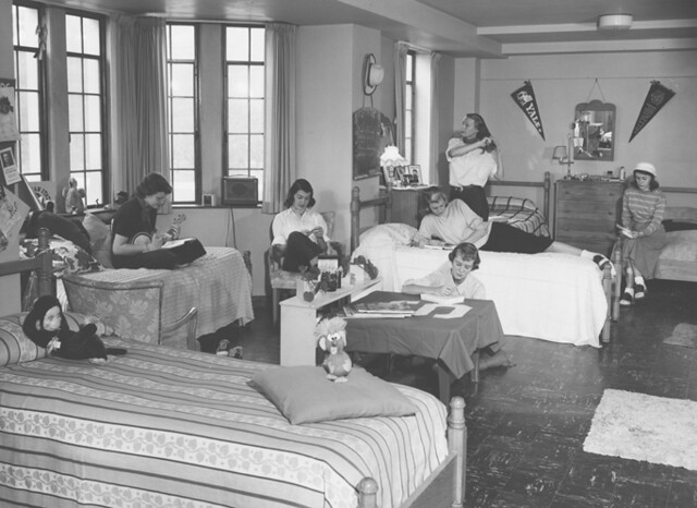 Ladies Dorm Life In The 1950s Six Women Students Share A