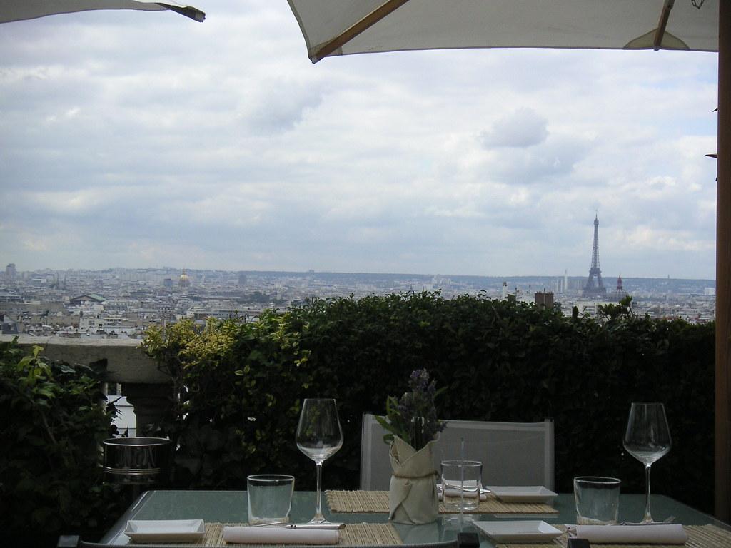 vue sur la tour eiffel paris terrass hotel paris vue sur l flickr. Black Bedroom Furniture Sets. Home Design Ideas