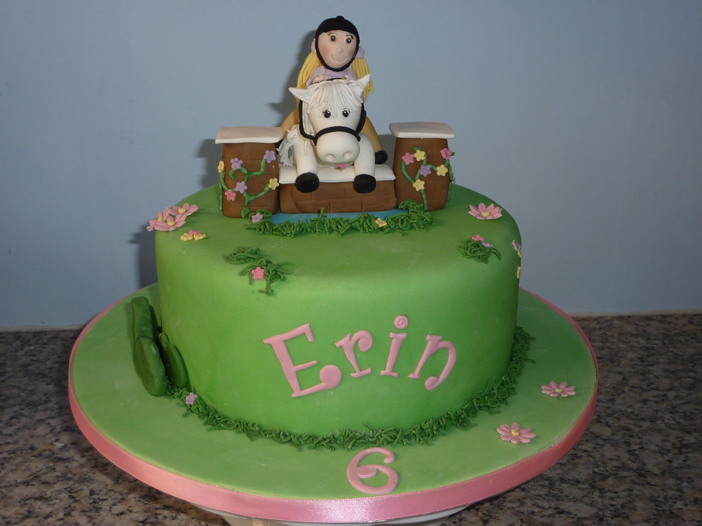 Horse Jumping Cake Inspired By A Cake Seen On Flickr