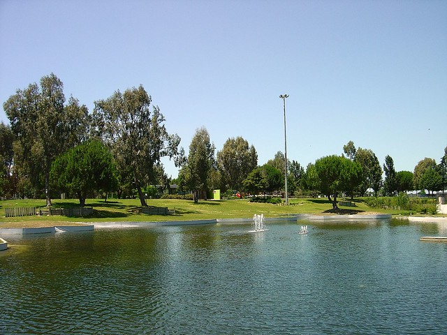 Parque zona norte de almeirim portugal see where this for Piletas publicas en zona norte