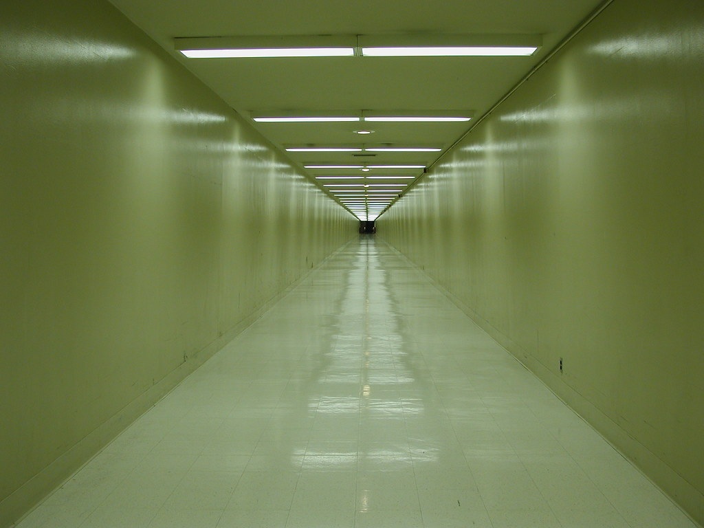 Long Foyer Jobs : Lax hallway a long featureless underneath