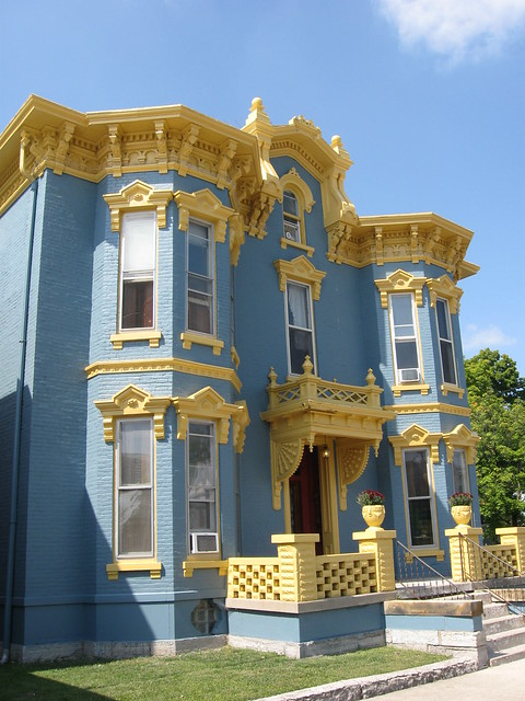 Blue Amp Gold Victorian House Eaton Ohio Flickr Photo