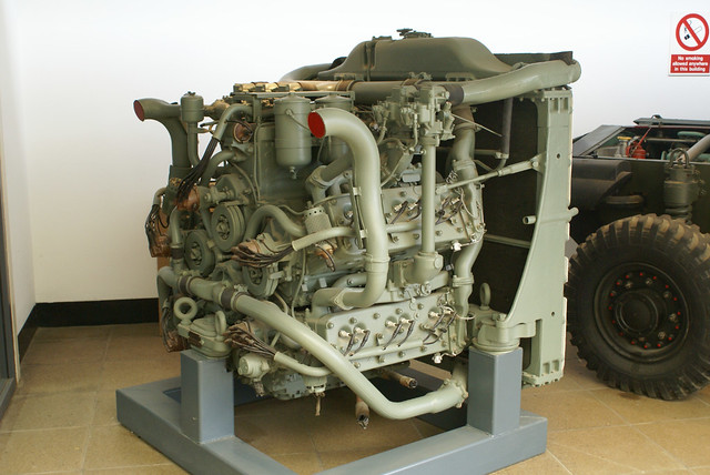 Sherman Tank Engine 5 X 6 Cylinder Chrysler Petrol