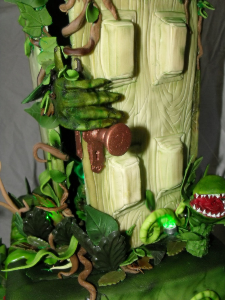 goosebumps stay out of the basement cake 4