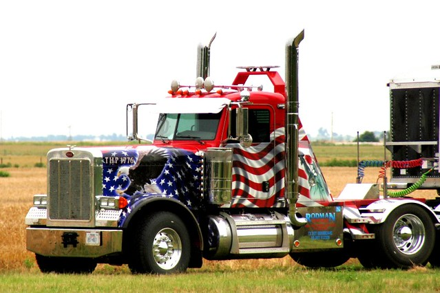 american flag paint job i saw this while going down the ro flickr. Black Bedroom Furniture Sets. Home Design Ideas