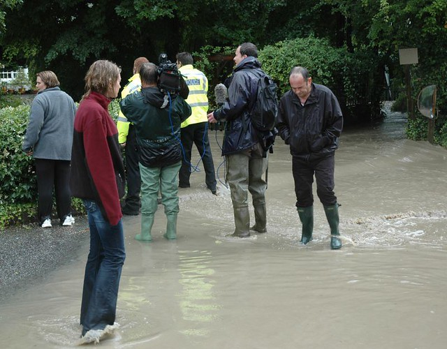 Locals Are Getting Wet And Me Joy Allen Live In Ironbrid Flickr