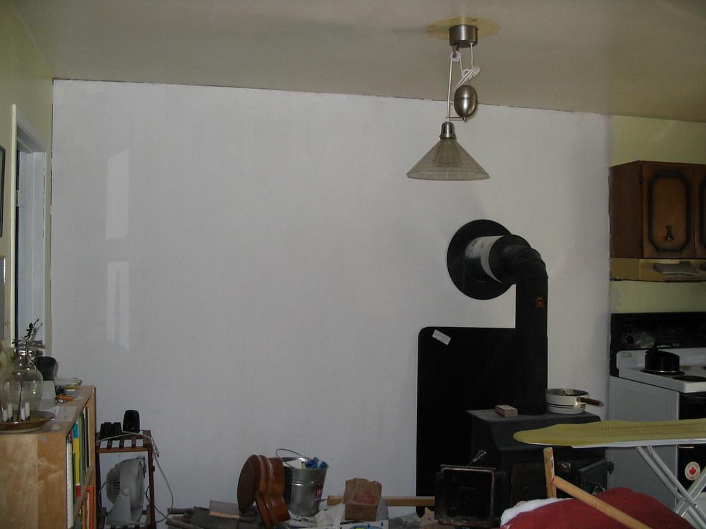 Kitchen Spray Painting
