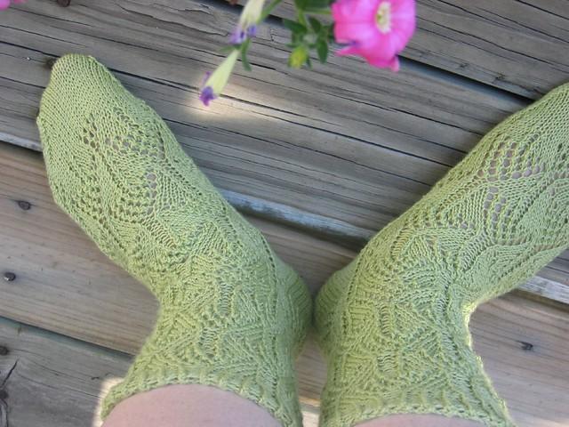 Knitting Like Crazy Blog: Flicker Socks