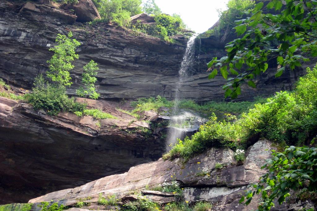 Hotels Near Kaaterskill Falls