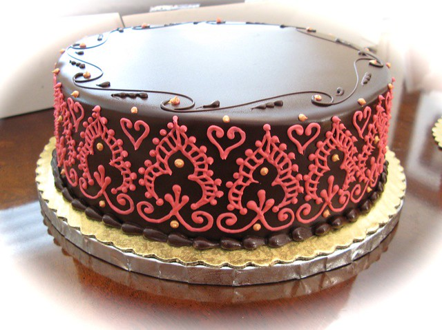 Bottom Layer Of The Henna Decorated Wedding Cake This Is T Flickr