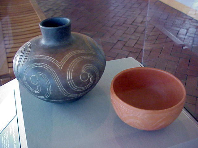 ancient indian pottery artifacts