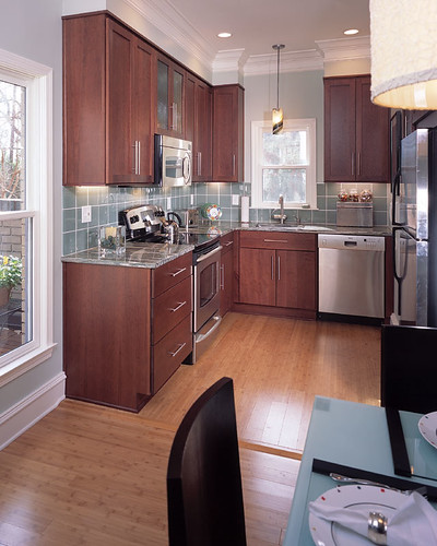 Townhouse kitchen this small jewel kitchen was the for Townhouse kitchen designs