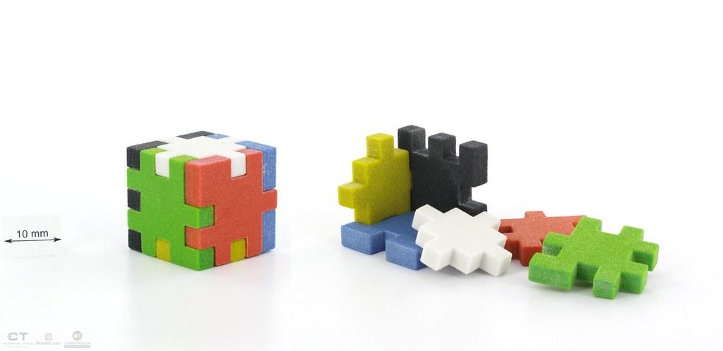 CreativeTools.se - PackshotCreator - 3D printed puzzle ...