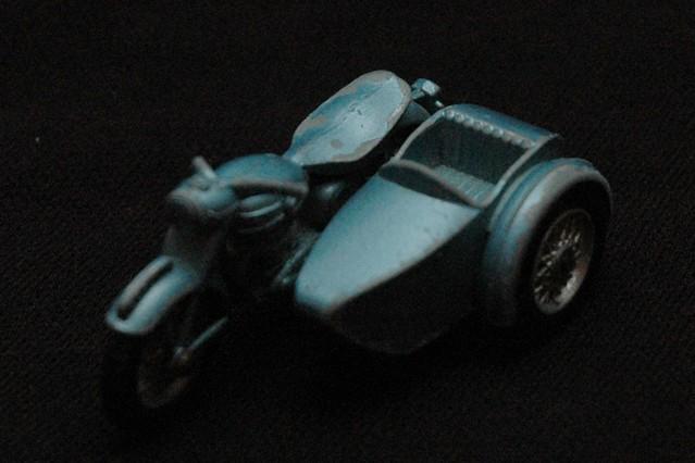 motorrad mit beiwagen ein motorrad mit beiwagen a motorcy flickr. Black Bedroom Furniture Sets. Home Design Ideas