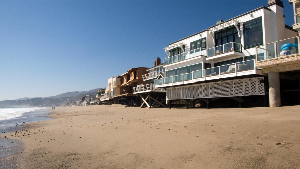 beach view of homes on carbon beach malibu 009 beach