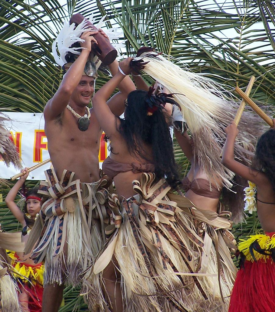 Tahitian Group 67