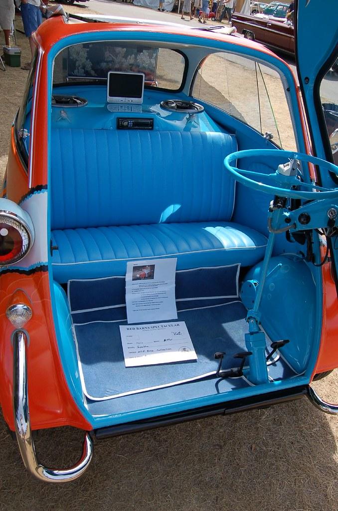 1953 BMW Isetta 300 interior | This Isetta was called ...