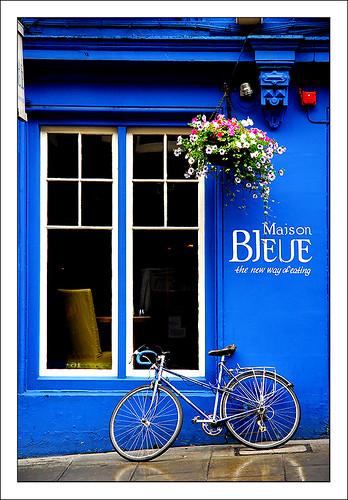 Maison bleue in edinburgh scotland sigfrid l pez flickr - Maison bleue mobel ...