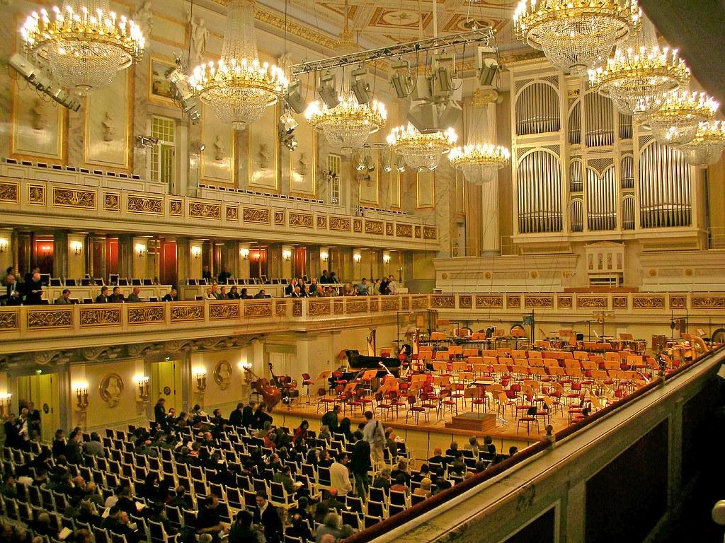 Konzerthaus Berlin | photo: filippo aldovini | Simon ...