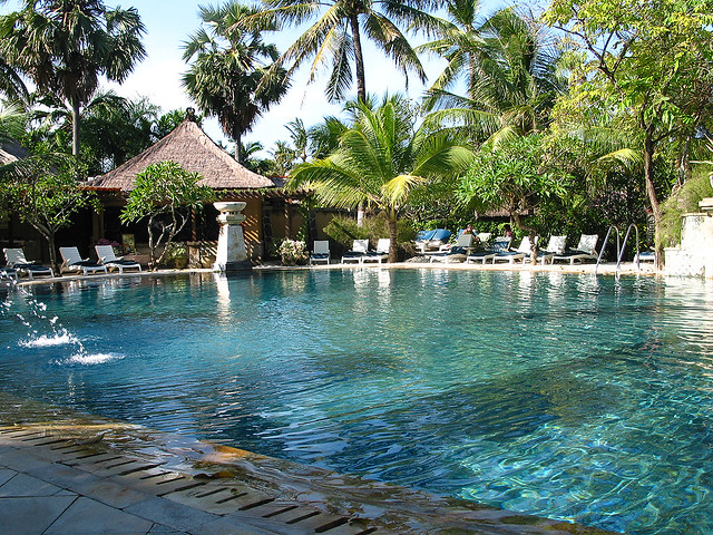 Bali Pool Poollandschaft Des Legian Beach Hotels In Bali