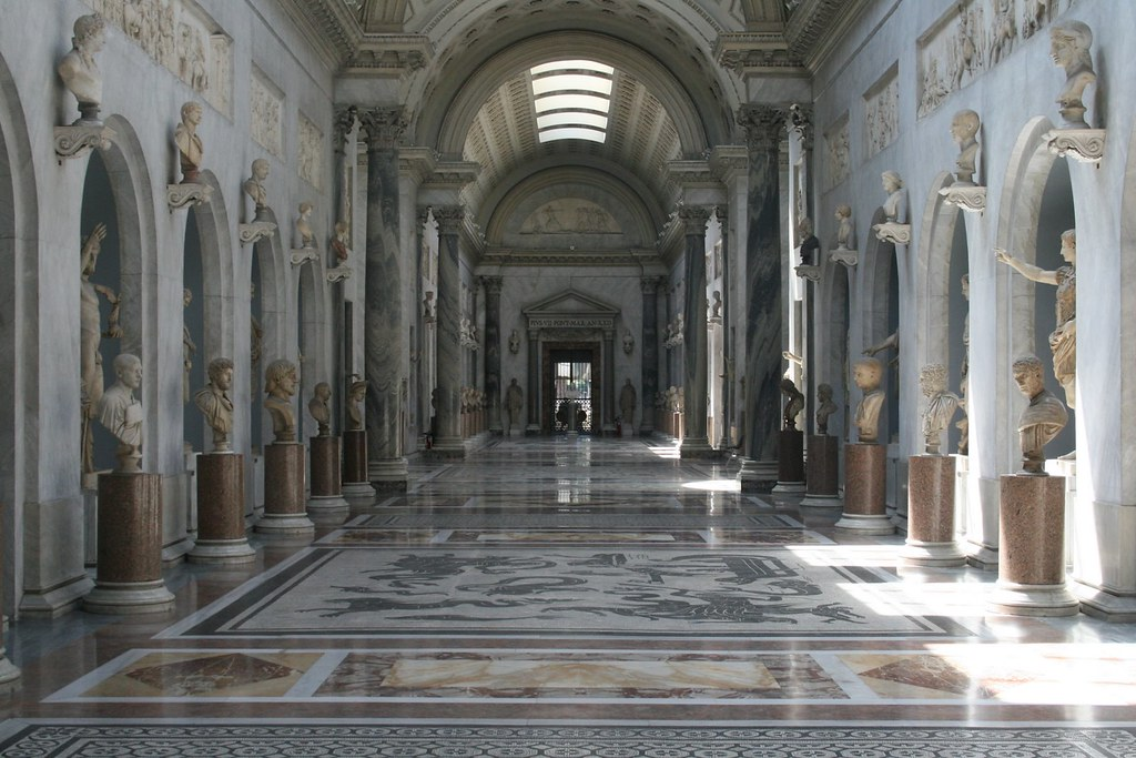 Foyer Museum Jobs : Vatican museum hall of marble statues in the