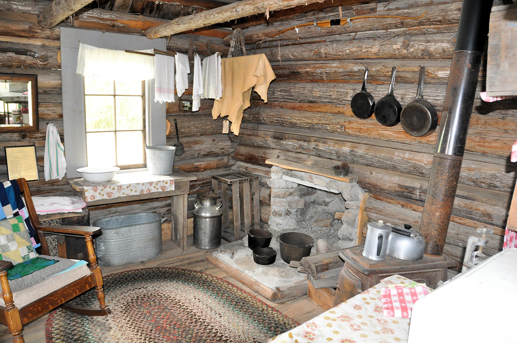 Hunter S Cabin Interior Seen At The Pend Oreille County