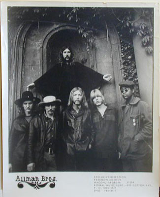 Allman Brothers Pic At Bond Tomb Rose Hill Cemetery Maco