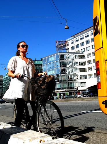 Stop for Bus Passengers * | by Mikael Colville-Andersen