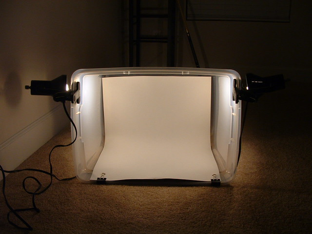 $15 DIY Lightbox