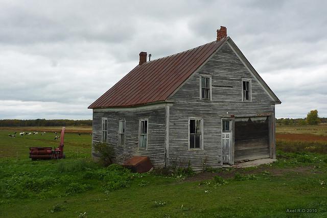Vieille maison sur la route 132 baie du febvre flickr - Vieille maison de campagne ...