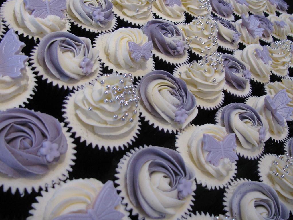 Christmas Door Decoration Ideas Sheryl Amp Phil S Wedding Cupcakes Www Bluedoorbakery Co