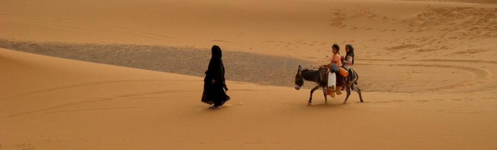 Nel Deserto by Spinetta Donne Nel Deserto