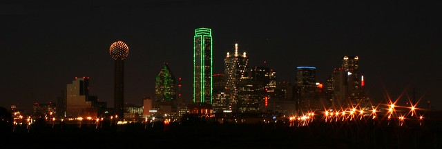 Dallas Skyline This Is Dallas Skyline At Night Really Bea Flickr