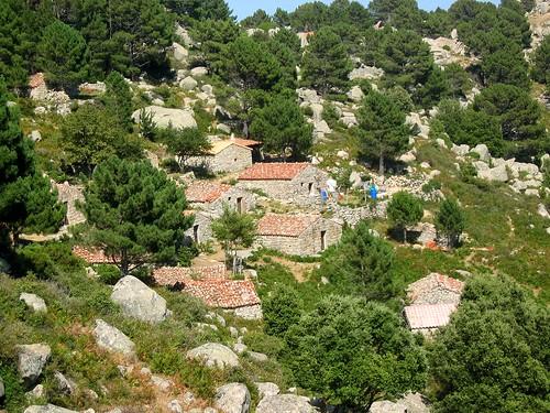 Le hameau de bergeries depuis le NW