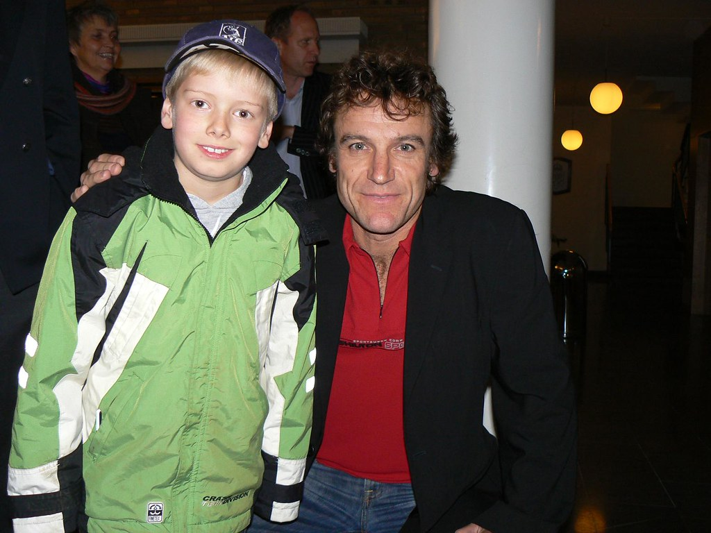 Oscar träffar Mats Wilander 2006 11 25 Oscar Widegren & Ma…