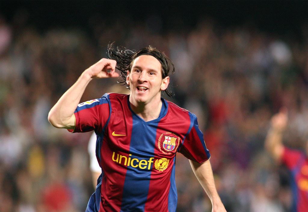 fc barcelona r zaragoza messi celebra su primer gol On r barcelona