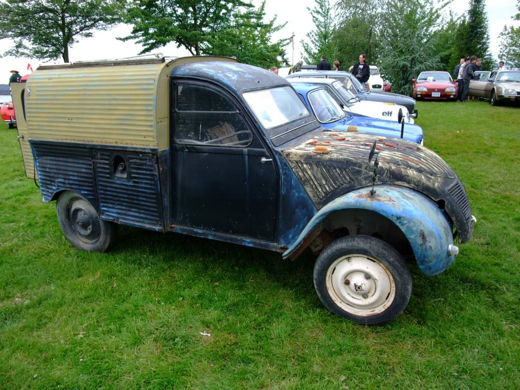 citroen 2cv small truck the citro n 2cv french deux che flickr. Black Bedroom Furniture Sets. Home Design Ideas