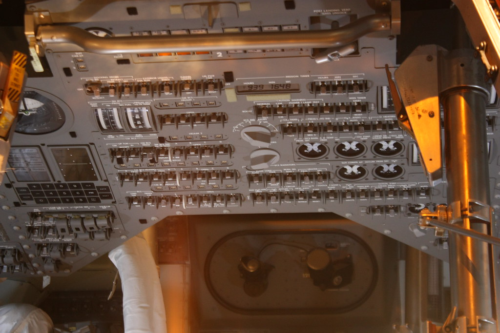 apollo capsule control panel - photo #16