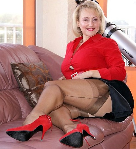 sex-mature-women-in-nylons-videos-free-women-from