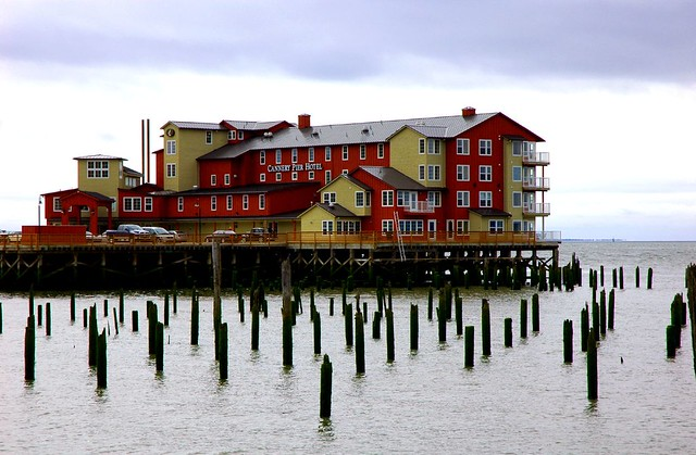 the cannery the cannery pier hotel in astoria oregon. Black Bedroom Furniture Sets. Home Design Ideas