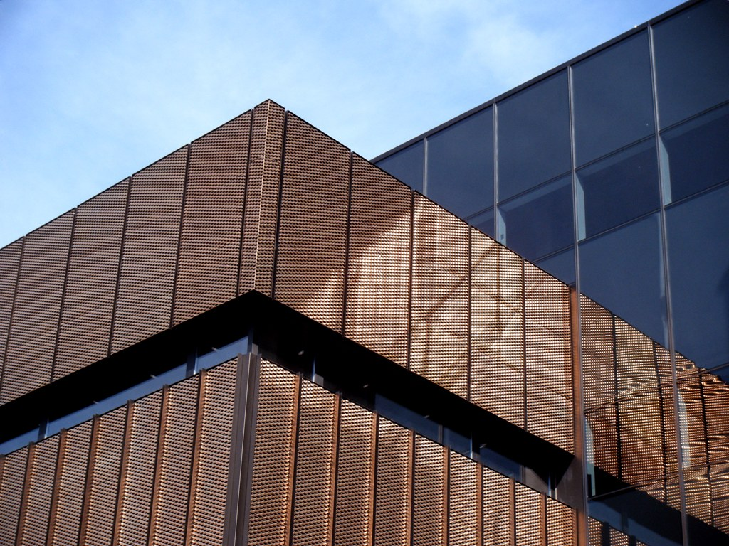 Queen mary innovation centre london tecu brass mesh for Innovation consultancy london