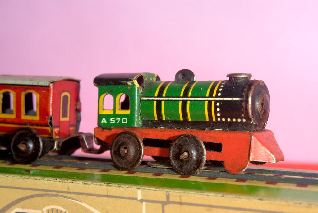 petit train miniature petit train miniature jouet. Black Bedroom Furniture Sets. Home Design Ideas